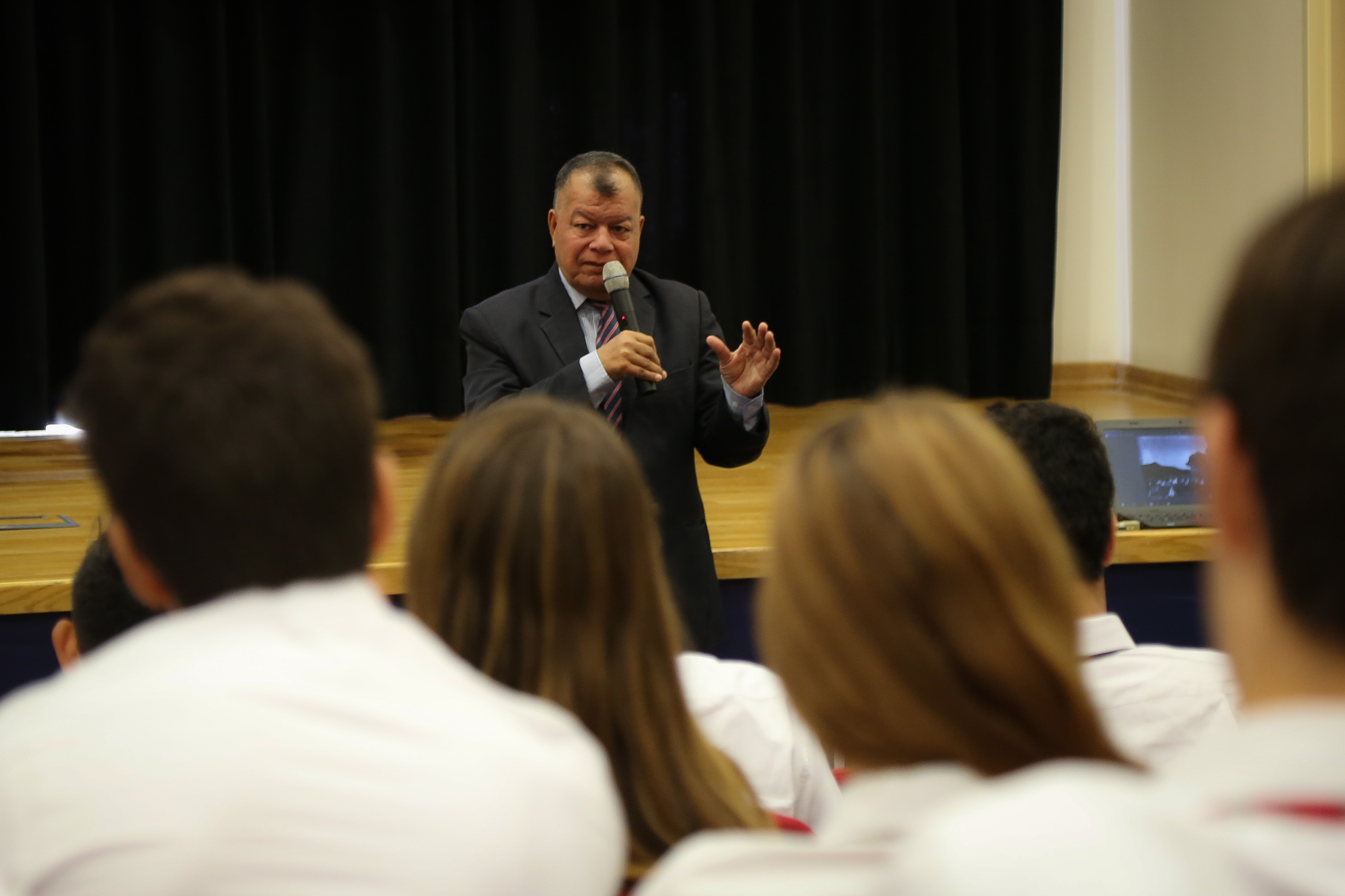 Royal Court consultant speaks to students